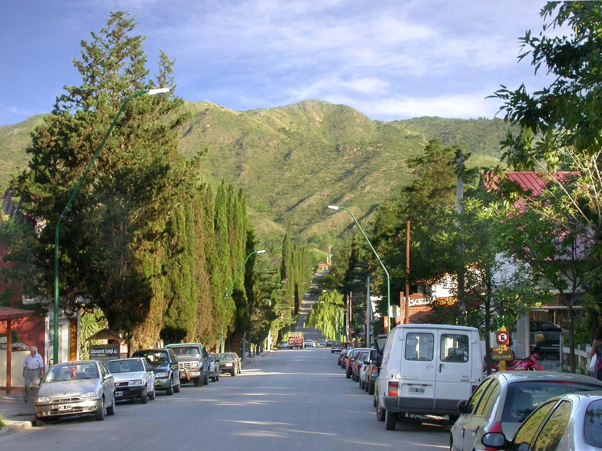 Villa general belgrano c rdoba tripin argentina for Villas en argentina