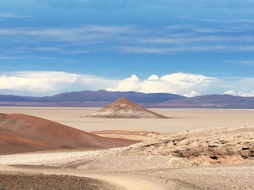 Cono de Arita, la misteriosa pirámide de Salta