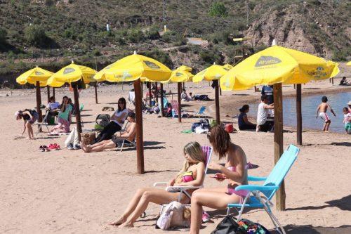 Nuevas playas públicas en ríos, lagos y arroyos de Mendoza
