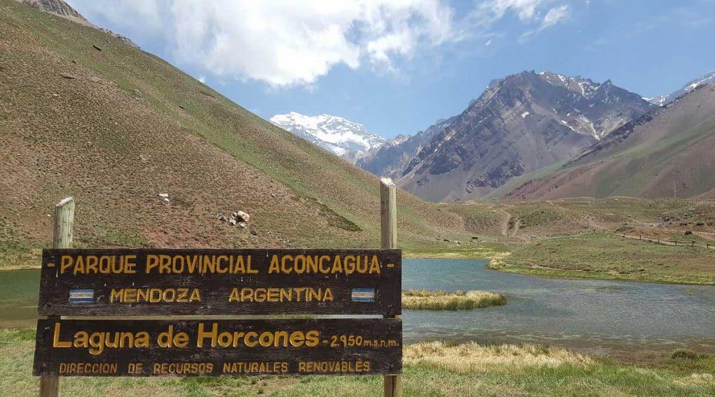 Laguna de Horcones -Parque Provincial Aconcagua - Mendoza