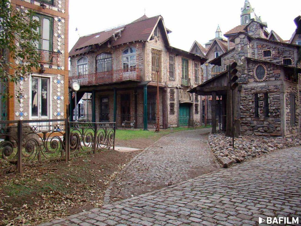 Campanópolis, Aldea Medieval, Buenos Aires - foto: BAFILM